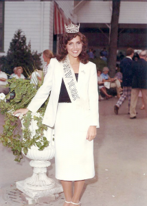 Alexander being crowned Miss New York of 1981.