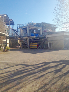 Equipment for processing grapes at the Cave Cooperative.