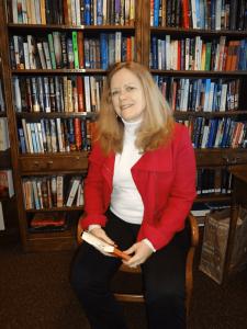 SU professor Eileen Schell teaches the Nottingham Senior Living Community writers' class.